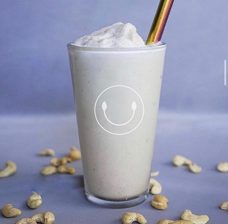 P1 Smoothie (Cashews, Cinnamon, Maple Syrup, Himalayans Salt, Choice Of Protein & Almond Milk)
