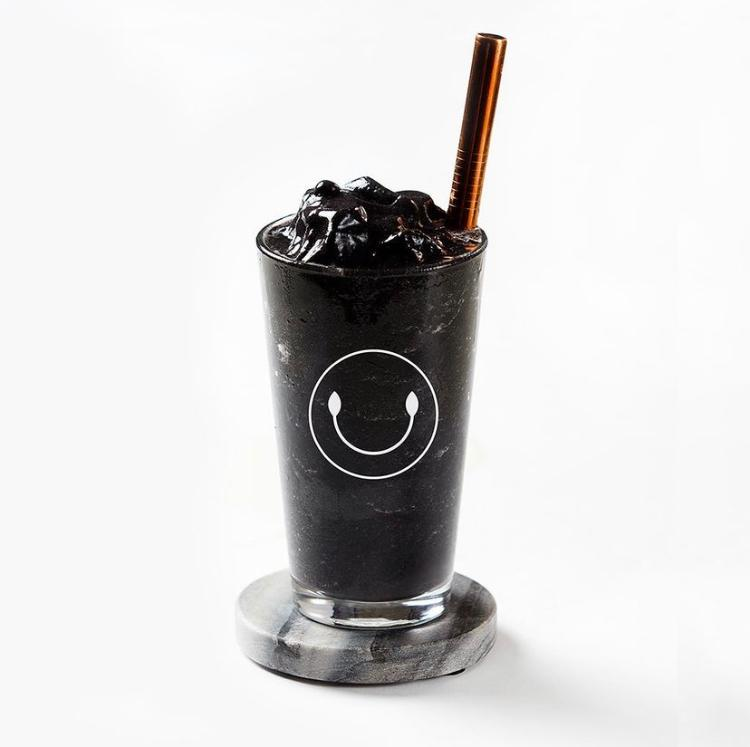 Activated Charcoal Smoothie ( Mango, Pineapple, Black berries, Activated Charcoal, Coconut water and Grade B Maple Syrup)