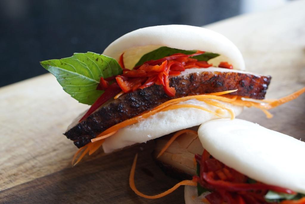 16 Steamed Bun Sandwiches