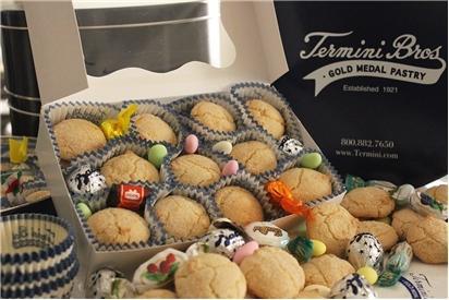 Amaretti Gift Box REQUIRES 24 HRS