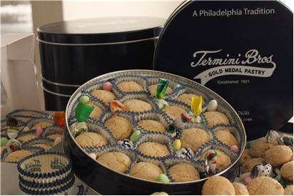 Amaretti Cookie Tin REQUIRES 24 HRS